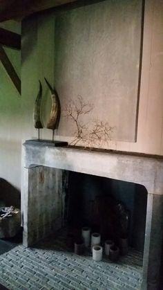 Oude schouw #castle stones #bricks #black floor #unique #interior decoration @hamsmade interiors