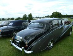 1957 Saloon by Hooper (chassis ALC5)