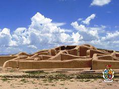 https://flic.kr/p/sgS2d2 | TURISMO EN CIUDAD JUÁREZ TE COMENTA DE PAQUIMÉ.1 | Paquimé, es una ciudad que asemeja las construcciones de la antigua Roma, ha sido declarada Patrimonio Cultural de la humanidad por la UNESCO, gracias a su arquitectura y a su importante intercambio comercial de turquesa, conchas, guacamayas, plumas y cerámica, que la convirtió en la región arqueológica más importante del norte de México. Ubicada a 282 kilómetros de Ciudad Juárez. #visitaciudadjuárez