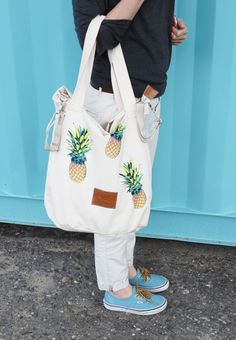 summer bag pineapple print designed by Pink No More