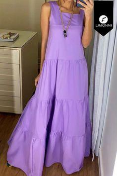 Simple Dresses, Casual Dresses, Fashion Dresses, India Fashion, Look Fashion, Maxi Skirt Crop Top, Pakistani Bridal Dresses, Batik Dress, Looks Chic