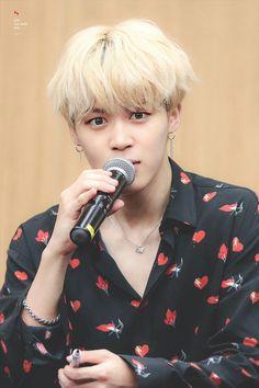 Jimin ❤ BTS Aladin Fansign (170922) #BTS #방탄소년단