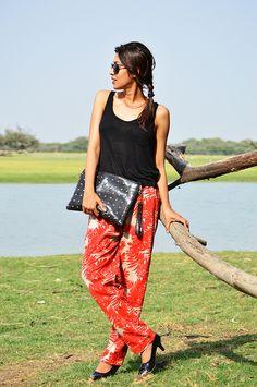 Fashion, Style, Fashion Photography, Street Fashion, Fashion Blogger, Casual wear, Indian Fashion Blogger, Tropical print, Jabong India, Summer Fashion,