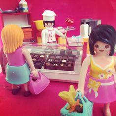 #playmobil #rement #valentine'sday #chocolate #プレイモービル #リーメント #バレンタイン #チョコレート #love Chocolate shop. I love chocolate !! Rement, Heart For Kids, Legoland, Just Kidding, February 13, Dolls, Fun Stuff, Model, Instagram