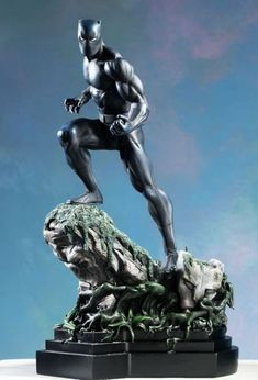 Black Panther Classic statue  Sculpted by: Randy Bowen    Release Date: December 2004  Edition Size: 2000  Order Of Release: Phase II (statue #40)