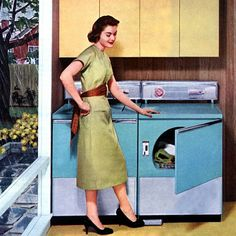Dryer not heating? If your old or new front or top loading dryer is all of a sudden not drying your clothes, then we have a few simple DIY fix tips you can try yourself. If the dryer is no Vintage Housewife, 1950s Housewife, Fix Clothing, Pin Up, Shabby Chic, Moda Vintage, Vintage Art, Vintage Soul, Vintage Woman