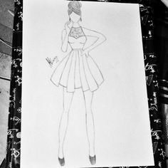 Drawing Girl dress  by: Jeenytrindade