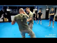 UKMW- USING LOW KICK TO CREATE DEAD ZONE - YouTube