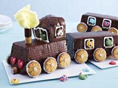 Alles einsteigen, bitte! (Eisenbahn-Kuchen) http://www.daskochrezept.de/meine-familie-und-ich