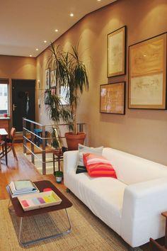 Elena  Judds Cozy Amsterdam Apartment