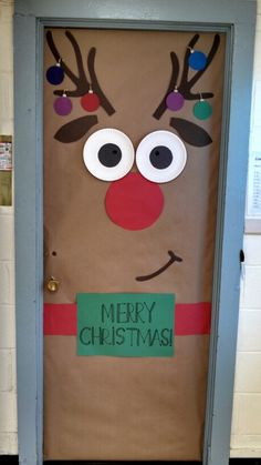 50 Christmas Door Decorations for Work to help you Ace the Door Decorating Contest - Hike n Dip Looking for quick Christmas Door Decoration Ideas? Here are the best Christmas Door Decorations for work to ace the Christmas door decorating contest. Christmas Bulletin Boards, Christmas Classroom Door, Preschool Christmas, Christmas Crafts For Kids, Christmas Fun, Holiday Crafts, Rudolph Christmas, About Christmas, Holiday Classrooms