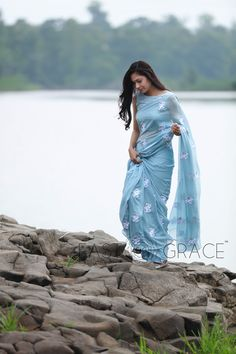 Buy online saree with handcrafted ribbonwork & designer embroidery made with love on Chiffon Georgette Silk Net Crepe and Cotton fabrics saree collection latest Blue Silk Saree, White Saree, Chiffon Saree, Silk Chiffon, Saree Photoshoot, Indian Photoshoot, Sarees For Girls, Bridesmaid Saree, Saree Poses