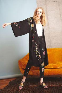 Alice + Olivia Autumn/Winter 2017 Pre-Fall Collection | British Vogue