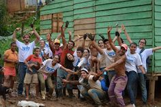 Conversa de Feira: Projetos voluntários ajudam na construção de casas...