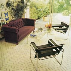 Living room 1972. Modernist chairs of 30s with a sofa in a victorian or edwardian style?