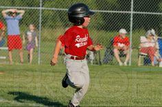 Phillies vs. Razorbacks 5-6 year old baseball 6-3-2014 (© Justin Manning) JWM_0170