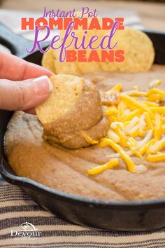 Making Homemade Refried Beans just got easier with this super simple Instant Pot Recipe. I was skeptical, but let me tell you that eating Homemade Refried Beans is sooo good! Honestly, why buy canned when you can make refried beans this quick. Instant Pot Refried Beans Recipe, Homemade Refried Beans, Power Cooker Recipes, Pressure Cooker Recipes, Pressure Cooking, Bean Recipes, Crockpot Recipes, Cooking Recipes, Soup Recipes