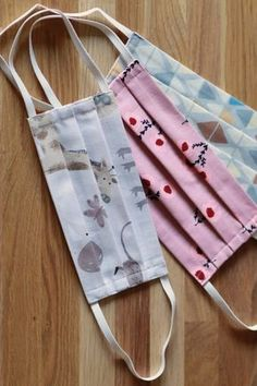 Sew a simple face mask made of fabric yourself ✅ Free DIY ✅ With step . - Sew a simple face mask made of fabric yourself ✅ Free DIY ✅ With step-by-step sewing instructio - Sewing Hacks, Sewing Projects, Sewing Tutorials, Sewing Patterns, Household Cleaning Tips, Cleaning Hacks, Self Care Bullet Journal, Simple Face, Mouth Guard