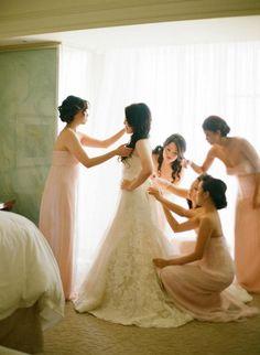 Peach bridesmaids and the bride #wedding #bride #dress #bridesmaid #inspiration #peach