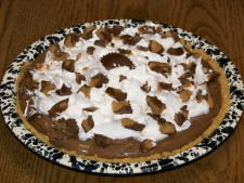 Amish Peanut Butter Delight Pie-   graham cracker crusts is great to use