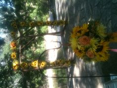 Sunflower arch by Exquisite Petals