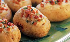 batatas recheadas com cogumelos (potatoes stuffed with mushrooms)