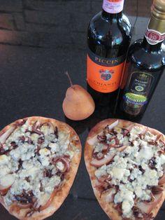 Pear and Gorgonzola Pizza 017