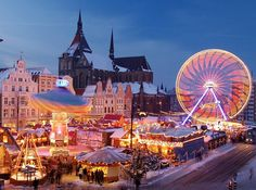 Best Destinations for Christmas Travel - Amsterdam, The Netherlands Christmas In Germany, Best Christmas Markets, Christmas Markets Europe, Christmas Travel, Christmas Time, Vienna Christmas, German Christmas, Magical Christmas, Christmas Vacation