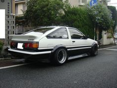 Toyota Corolla AE86 (via @m. Monsters Do )