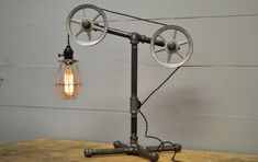 Industrial Table lamp - Table Light - Pulley Light - Industrial Furniture - Pipe Light - Pipe Lighting - Home Lighting - Industrial Chic