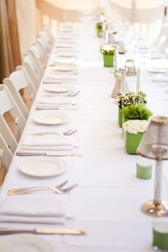 Clean & crisp ~ green & white ~ table decor ~ on http://StyleMePretty.com/2012/04/11/sonoma-wedding-at-eldorado-kitchen-by-kirsty-edwards-photography/ Photography by shootretouchdesign.com