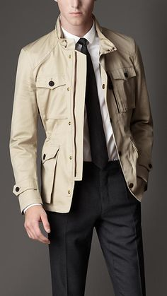 Shop our selection of jackets for men. Styles include field jackets, bikers, bomber jackets and puffer jackets in a variety of fabrics. Outfits Casual, Mode Outfits, Sport Outfits, Business Casual Attire For Men, Military Field Jacket, Designer Suits For Men, Safari Jacket, Mens Style Guide, Mens Clothing Styles