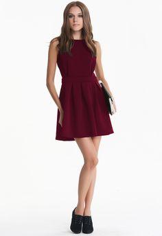 Wine Red Sleeveless Backless Pleated Dress