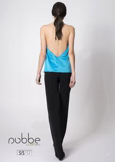 PALAZZO Imagen: pantalón Sálvora y top Jane.  Colección Nubbe Clothes #SS17  Nos llegan aires glam setenteros. El #pantalón Sálvora, de tejido de punto de #seda, es una elección de #estilo palazzo #sofisticada y original.  http://nubbeclothes.com/shop/faldas-y-pantalones/pantalon-salvora/  #moda #fashion #madeinspain #modagallega
