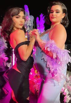 Barbie Ferreira, Rowan Blanchard, Prom Dresses, Formal Dresses, Actors, Pretty, Cute, Model, Musicians