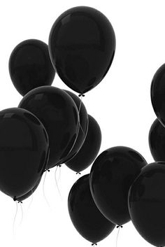 STYLEeGRACE ❤'s these black balloons!