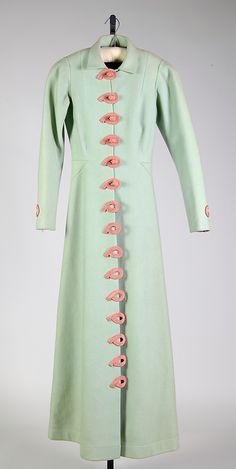 Evening coat Elsa Schiaparelli  (Italian, 1890–1973)  Design House:     House of Schiaparelli (French, 1928–1954) Date:     ca. 1937 Culture:     French Medium:     Wool, silk