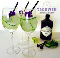Lente Cocktail. Hendrick's Gin, komkommer, tonic, ijs en vleugje limoen. www.trouwenineigentuin.nl