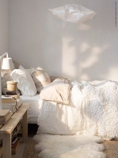 in love with this bedroom naturale - white