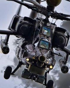 Jet Fighter Pilot, Air Fighter, Fighter Jets, Attack Helicopter, Military Helicopter, Military Aircraft, Military Girlfriend, Military Guns, Military Quotes