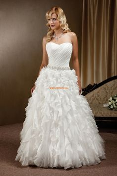Discount wedding dresses online,custom tailored quality,newest styles, wholesale cheap prices! Best buy for brides! Wedding Dress 2013, Wedding Dress Chiffon, Wedding Dresses Photos, Wedding Dress Styles, Wedding Attire, One Shoulder Wedding Dress, Prom Dress, Affordable Wedding Dresses, Formal Dresses For Weddings