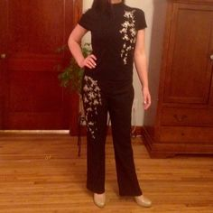 *Karen Kane* NWT Matching Black Pants & Shirt Beautifully crafted Karen Kane, NWT*, Black Slacks w/ matching Black Top. Both pieces have a lovely array of White Flowers w/ tiny blue beads embellished into the fabric. Can be sold separately. The top retails for 88$ & the pants for 118$. Both are Size 10 Karen Kane Other