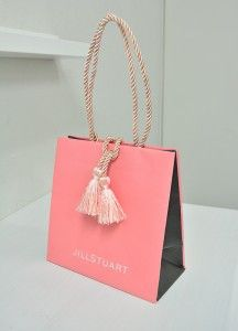 Jill Stuart Shopping Bag - bags, baby, shopping, b Scarf Packaging, Paper Packaging, Jewelry Packaging, Packaging Ideas, Design Packaging, Shoping Bag, Shopping Bag Design, Paper Shopping Bag, Paper Bag Design