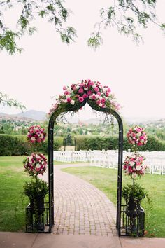 colorado wedding ceremony flowers