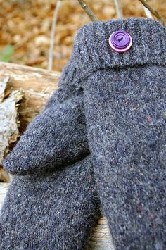 felted wool sweater projects | 21st Century Girl » Quick Christmas Gift Project: Sweater Mittens