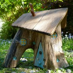 Beautiful sunlight this morning while I was getting some photos to list this on Etsy. My father-in-law found this amazing piece of driftwood for me... thankyou! #smallhavens #driftwoodhouse #fairyhouse #fairygarden #bluedoor #driftwoodart #woodentoys #ooak #turquoise #childhoodunplugged #simplekids #ecotoys #beautifulwood #etsyau #christmasgift #kidsxmas #handmadeinaustralia #supporthandmade