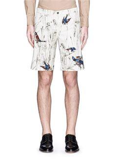DOLCE & GABBANA Bird And Jute Print Cavalry Twill Shorts. #dolcegabbana #cloth #shorts