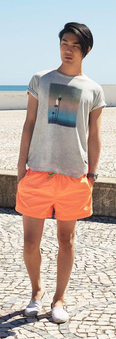 Tommy Hilfiger SS13 Aerial T-Shirt, Fluor Swimshort, Vantage Sneaker #tommyhilfiger #SS13 #menswear #Summer2013