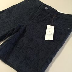 NWT Lace Style Bermuda Shorts Perfect for spring and so cute!!! Bundle and save 20%! I love love love Vera Wang! No flaws. They are a distressed Navy color. Vera Wang Shorts Bermudas
