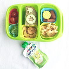 Die @goodbyn Box von heute: Waffelherzen, Minisalami, Cocktailtomaten, Brotchips, Gurkensterne und Stulle. Dazu ein Frucht-Quetschie. Yum! #snackbox #bento #kidsbento #bentobox #lunchbox #lunchboxideas #lunchboxinspo #obento #rohkost #waffeln #snack #brotdose